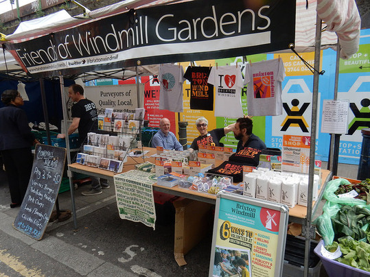 friends market stall